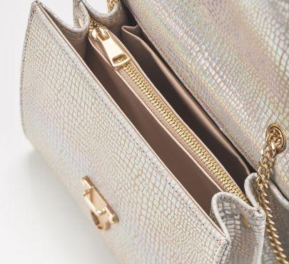 bag 1 open